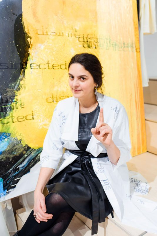 Famous ladies of Ukraine took part in Art Project of Olena Dats' and Serhiy Savchenko- Desinfected. - Фото №2